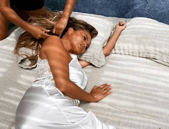 5 Times Chrissy Teigen Had Us In Our Feels — Falling In Love With Her